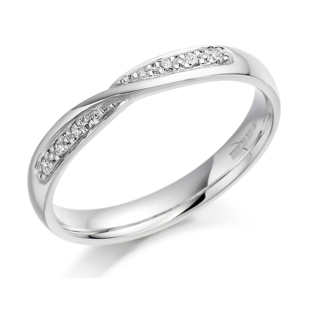 White Gold Bands: 18ct White Gold Crossover Diamond Set Band