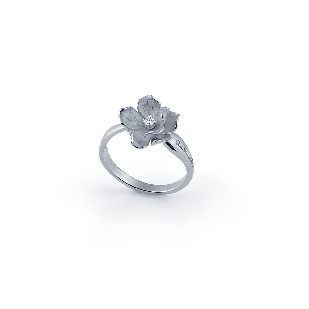 Anna maria cammilli 18ct white gold diamond dorothy flower ring mightylinksfo