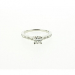 18ct White Gold Ideal Square Diamond Ring