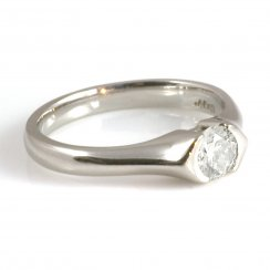 Platinum Diamond Enagement Ring